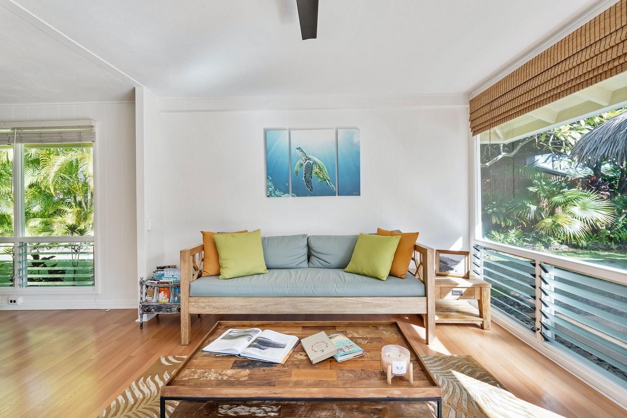 woonkamer met latex spuiten